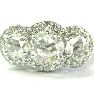 Jewelry - Vintage 18Kt Rose Cut Diamond Three Stone White Go